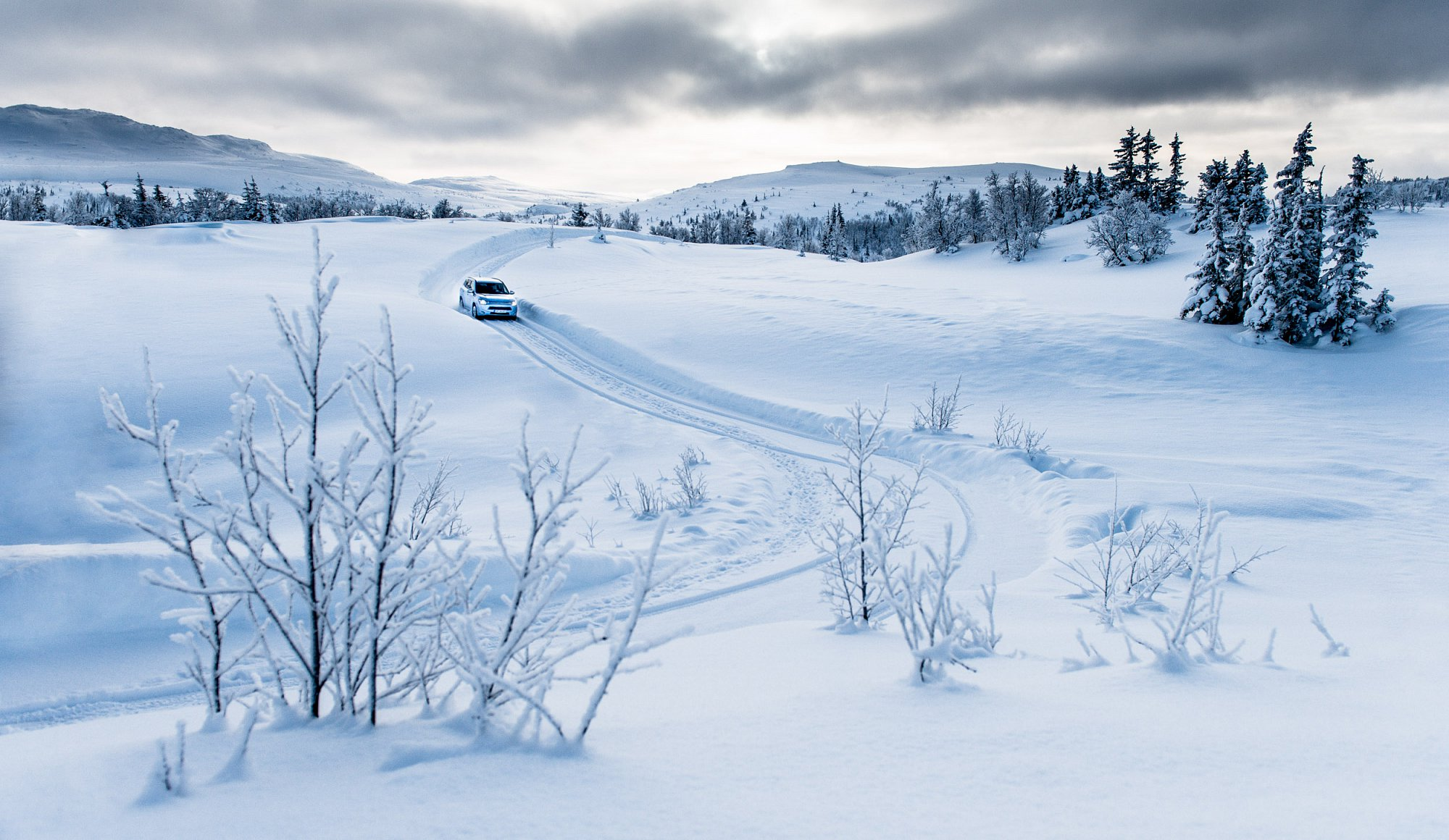 Winter at Norefjell Norway with Outlander PHEV. Client Mitsubishi.