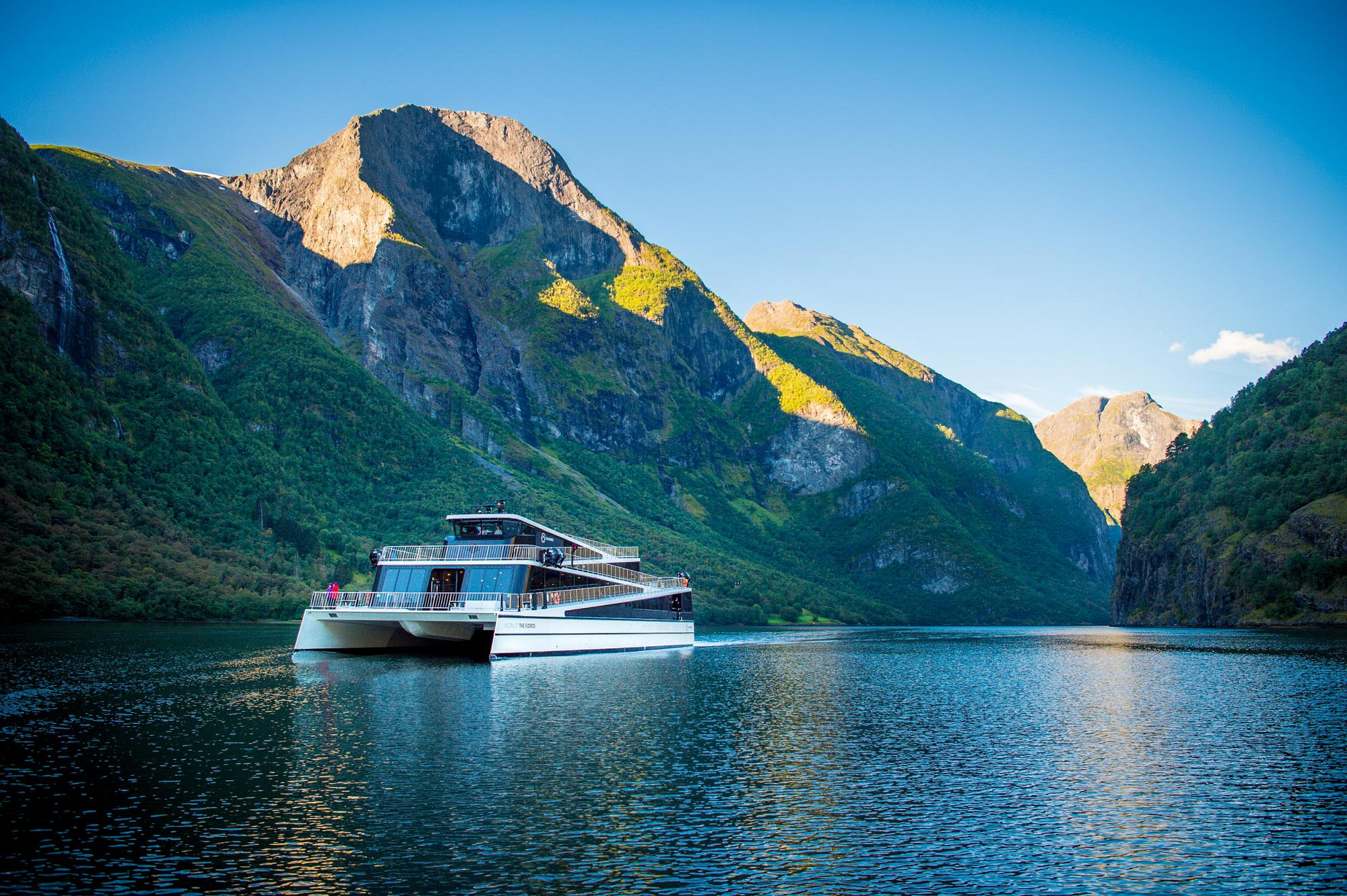 Vision of the Fjord - Ship of the year 2016 - The electric future of touristboats. For client Flaam.